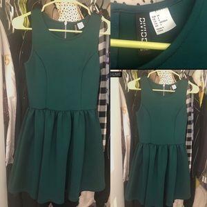 H&M Green Retro Skater Dress!!